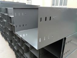 厂家使用及日常维护电缆桥架的方式
